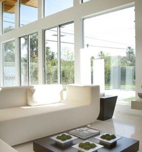 nettoyage courant des vitres solutia services domicile le blog. Black Bedroom Furniture Sets. Home Design Ideas