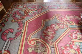 Comment d tacher moquettes et tapis des t ches de boues ou - Tache de cafe sur tapis ...